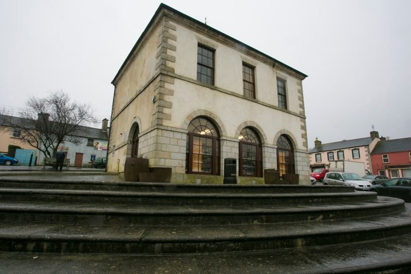 Tinahely Library